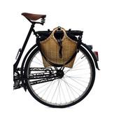 自転車に取り付けられます。