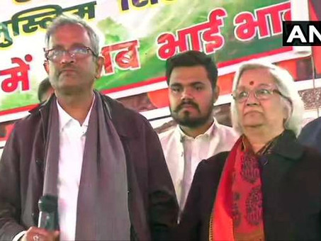 शाहीन बाग पहुंचे SC के नियुक्त वार्ताकार, प्रदर्शनकारियों से कर रहे  बात