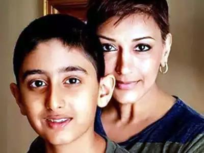 कैंसर से जूझ रहीं सोनाली बेंद्रे ने बेटे रणवीर के बारे में लिखा भावुक पोस्ट