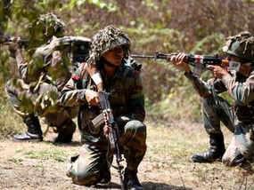 ईद के बाद कश्मीर में एकतरफा सीजफायर खत्म करने पर विचार कर रही है सरकार