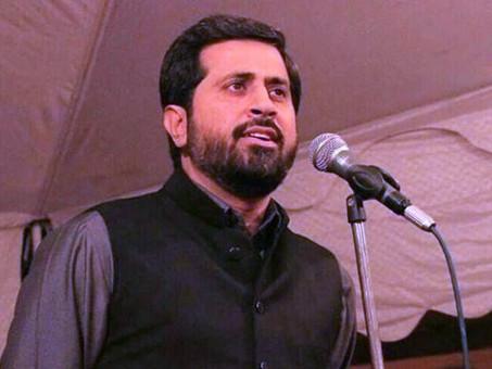 अपनी ही पार्टी में घिरे, पाकिस्तानी मंत्री ने हिंदुओं को बताया 'गाय का मूत्र पीने वाला'