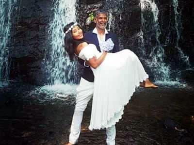 मिलिंद सोमन ने वाइफ अंकिता से जंगल में दोबारा की शादी