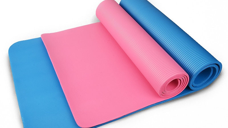 3 Colors Outdoor 4MM Foldable Exercise Yoga Mat Non-Slip