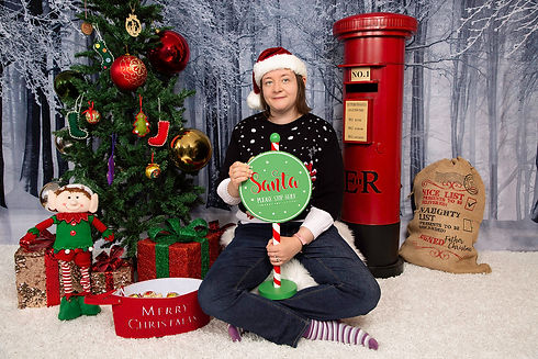 Christmas Mini Session Norwich | Christmas Photography Norwich|  Christmas Photoshoot |  Christmas Photography Great Yarmouth | Gemerations Photography
