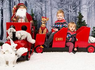 Christmas Mini Session Norwich |Christmas Photography Norwich| Christmas Photoshoot |  Christmas Photography Great Yarmouth | Gemerations Photography