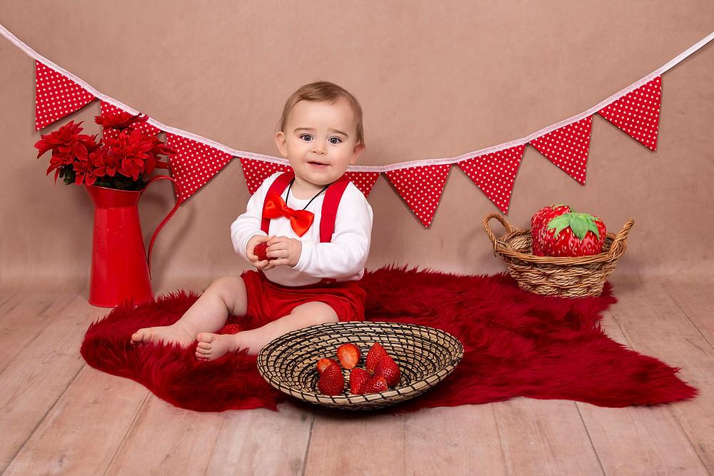 Fruit Splash Photoshoot | Gemerations Photography | Norfolk Photographer | Strawberry Splash