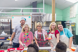 camp-kitchen-staff