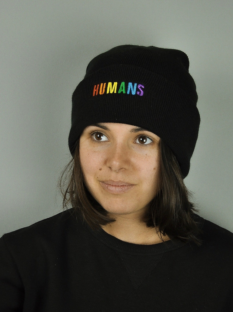bonnet-humans-pheros.jpg