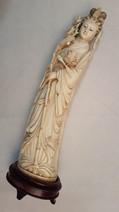 statue en ivoire
