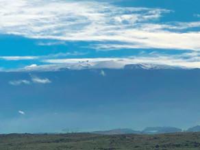 世界一の山、マウナケアに雪が積もりました