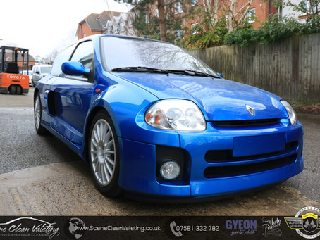 Renault Clio V6 - Correction Detail