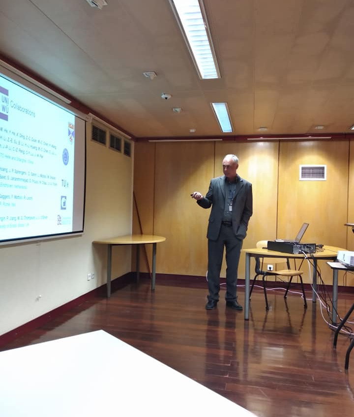 Sven giving a talk