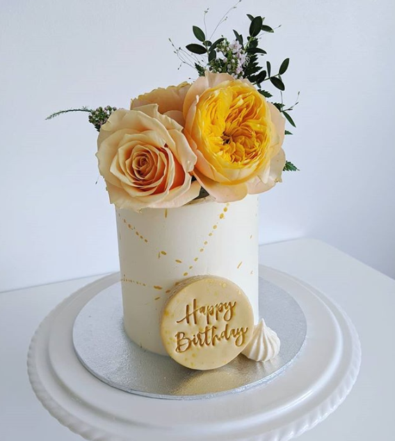 floral cake.PNG