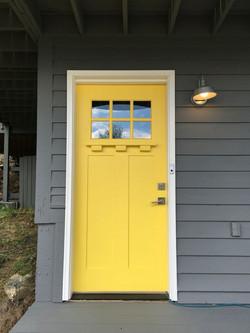 099f5d257c21a6b8d04b6d5acc8f89a9--yellow-door-colors-house-colors.jpg