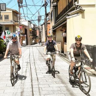 kyoto bike tour backstreet riding