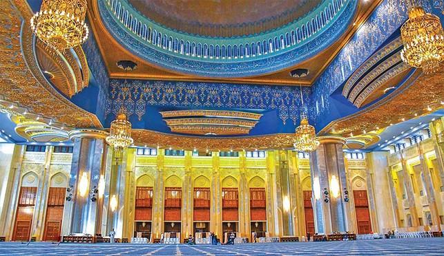 Grand Mosque (Kuwait) interior
