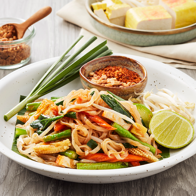 Phat Thai with Tofu and Vegetables