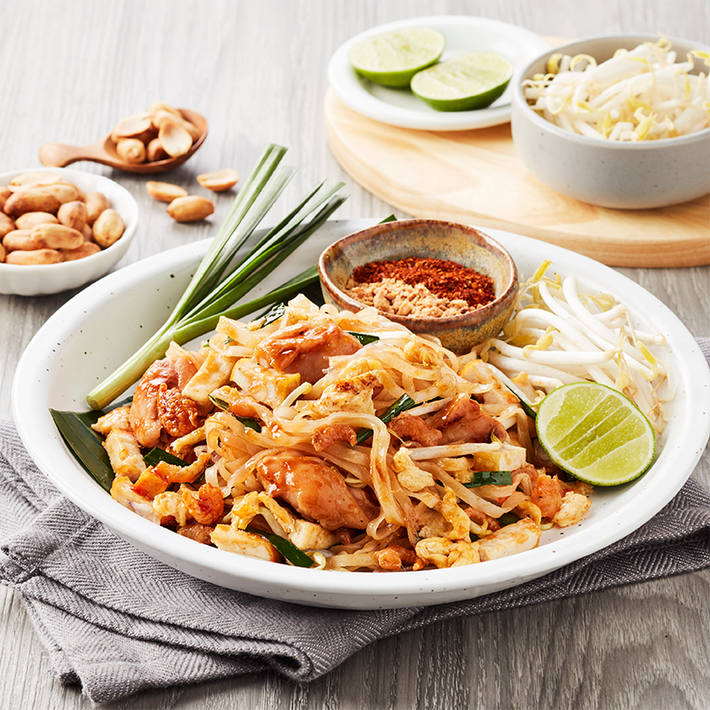 Phat Thai with Chicken