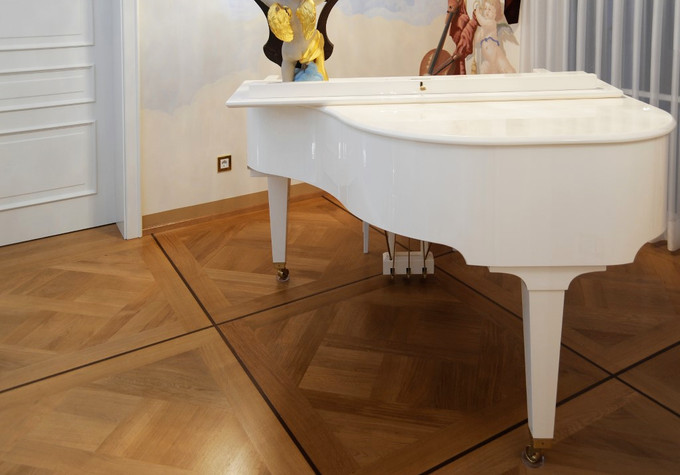 Boden mit Klavier 1 Kopie (Mittel).jpg