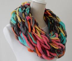 Gekleurde armbreisjaal