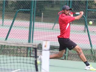 Tennis : au TC Gien, Florentin Guillemot au four et au moulin...