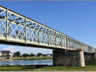 Entre Sully et St-Père-sur-Loire, un pont pour se rapprocher tout en douceur
