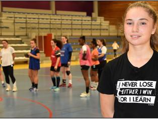 Handball - Nationale 3 : La Montargoise Zoé Troupillon, « timide », mais pas…sur le terrain !