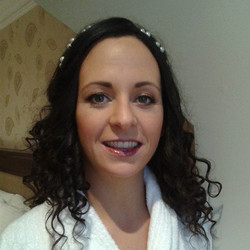 My final client of the year the beautiful bride Fiona. Such a lovely way to wrap up my first yr in b