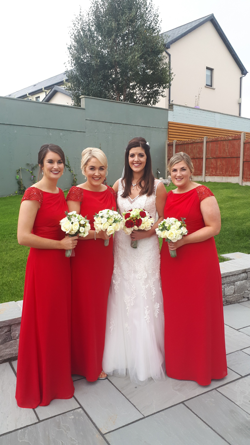 Gorgeous Susie's Bridal party