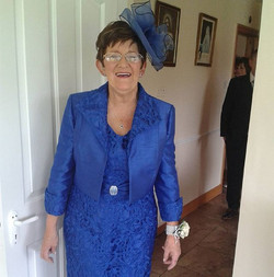 How fabulous is this beautiful mother of the bride. I think we can all agree she looked sensational