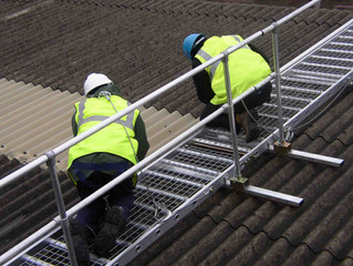 Empresa é condenada a reconstruir telhado de cobertura