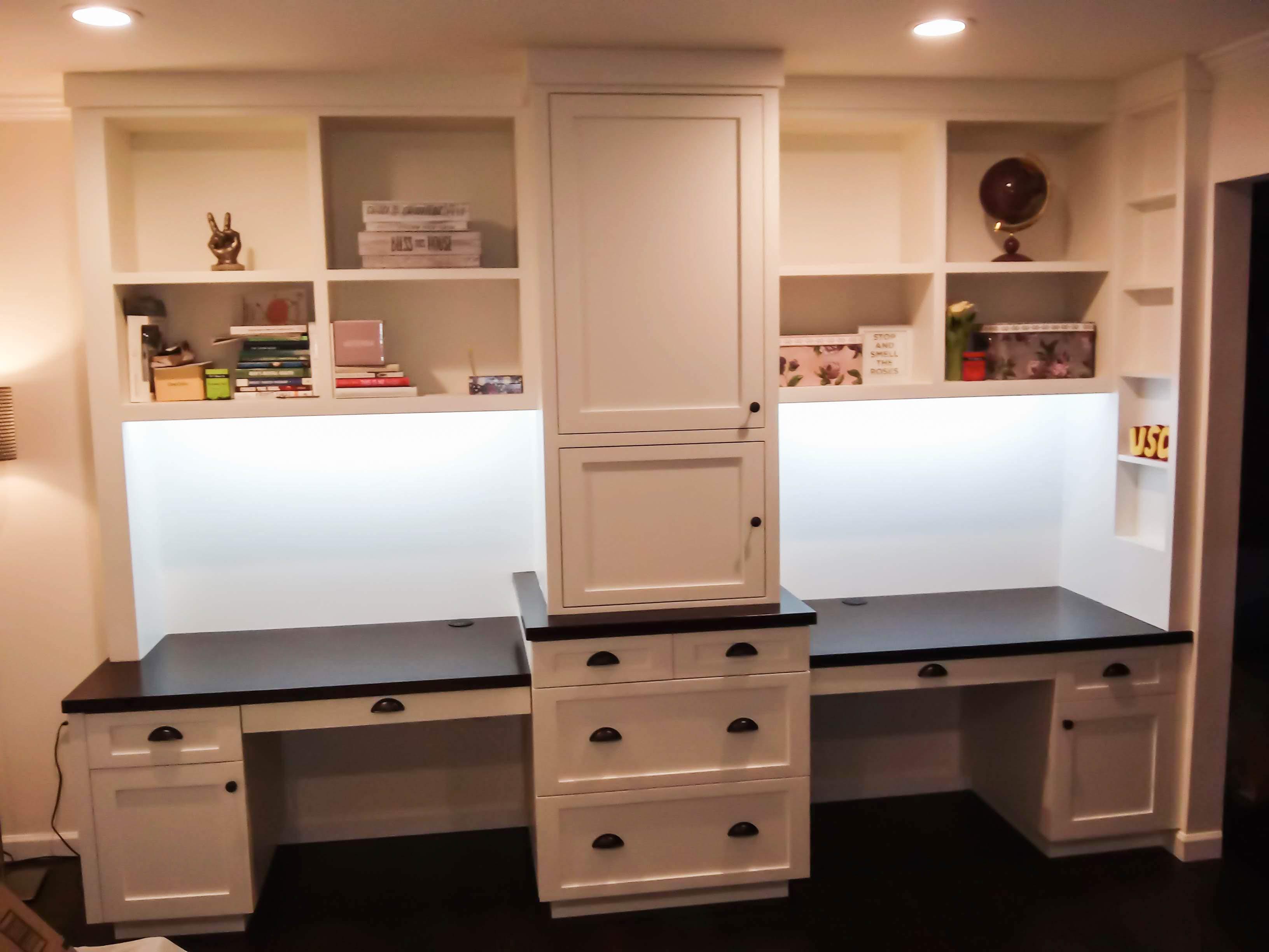 desk (3 of 3)