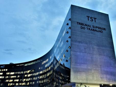 [Notícias] TST afasta exigência de juntada de planilha contábil no ajuizamento de ação
