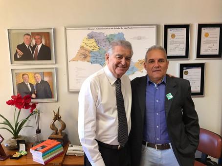 Prefeito vai a Brasília em busca de recursos para Balbinos