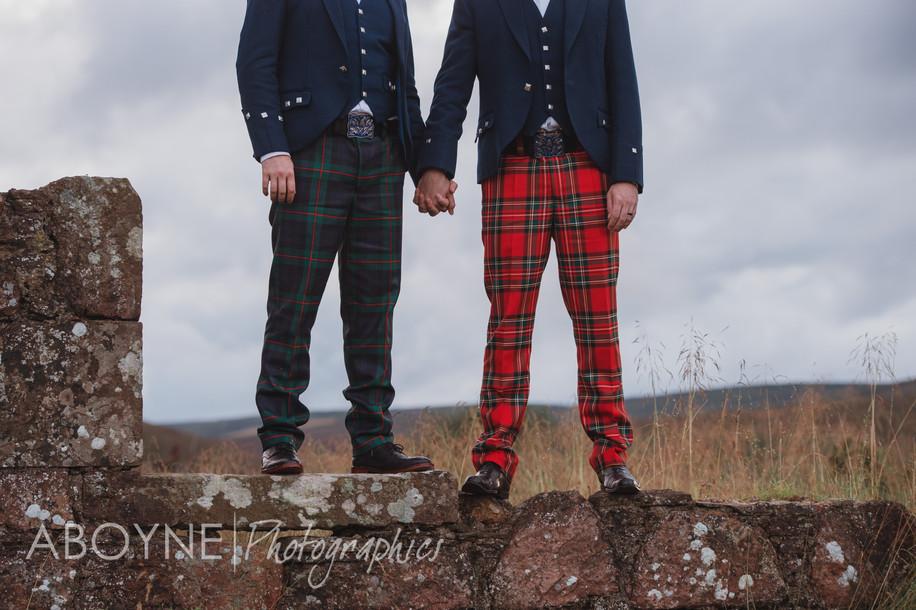 "Drumtochty Castle - ""Twa bonnie loons"""