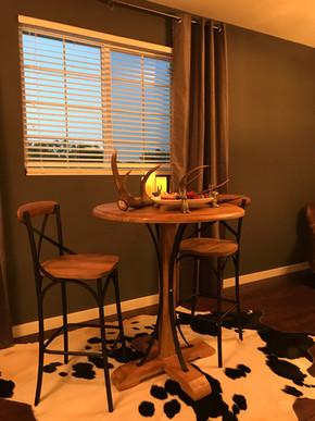 grooms suite table.jpg