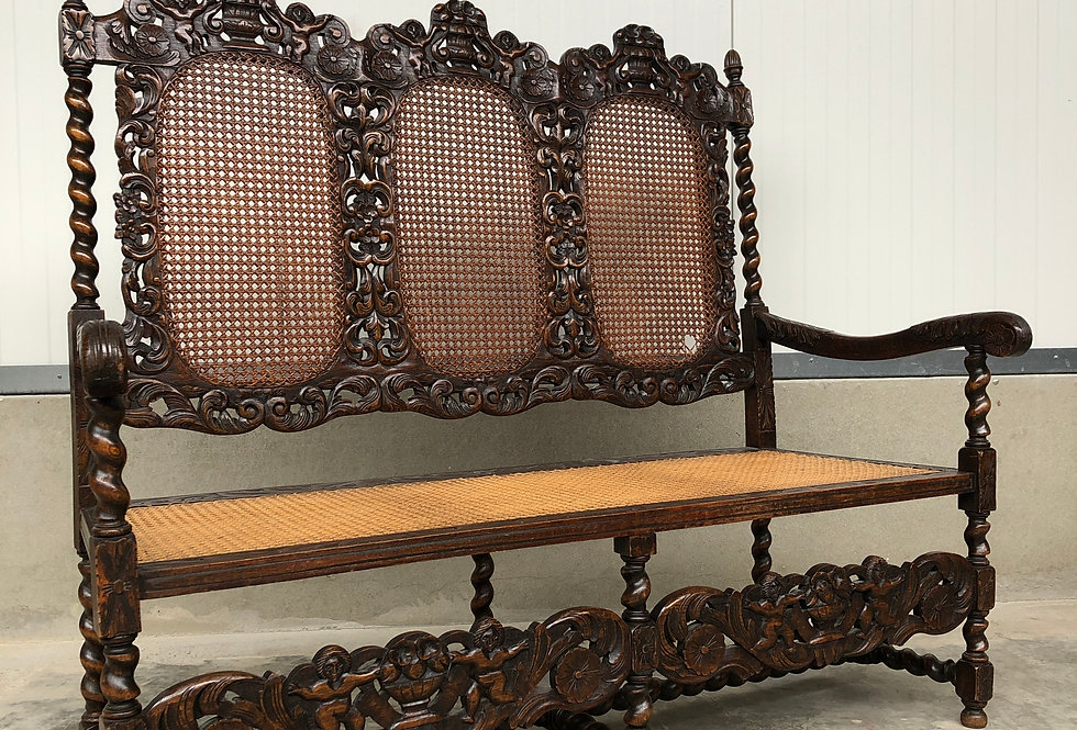Antique Jacobean Hall Bench in oak