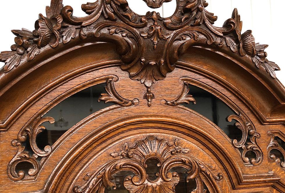 Exceptional Liege Louis XV Vitrine in oak