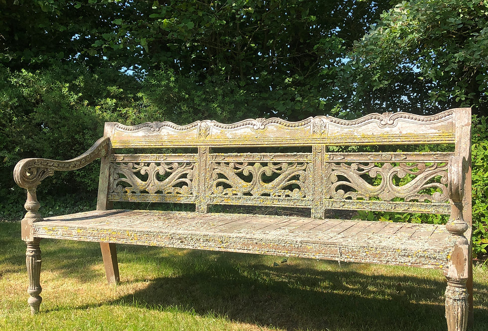 Hard wood Garden Bench with natural/weathered Patina
