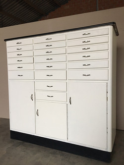 Industrial medical chest of drawers
