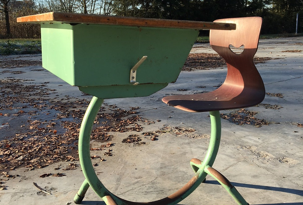Vintage Bauhaus School desk / school bureau