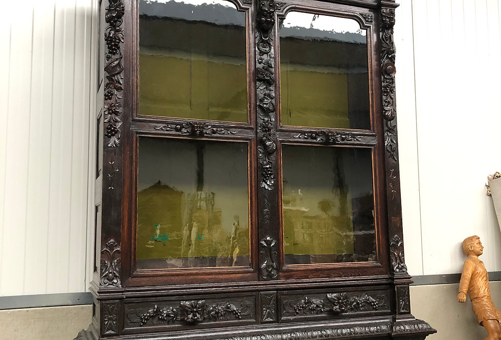 Exceptional large Renaissance Vitrine/China Cabinet  in oak