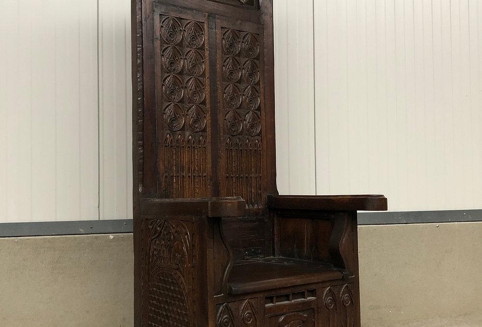 Gothic Throne Chair in oak