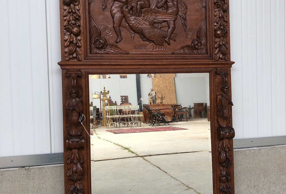 Stunning Renaissance Mirror in wood with cherubs, angels,...