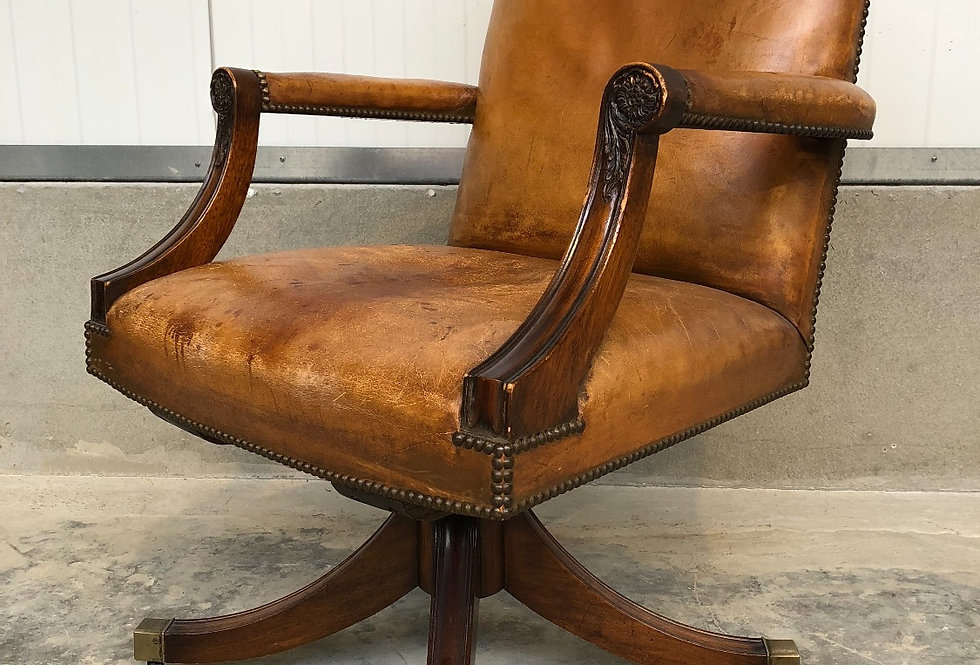 Vintage Chesterfield Style Swivel Desk Chair in leather