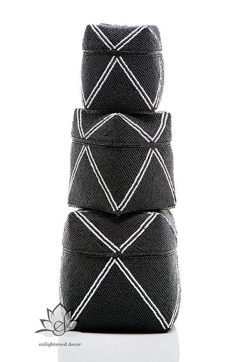 Beaded Boxes, Single Diamond- Black/White Stripe