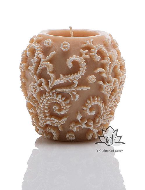 Profound White Vase Candle