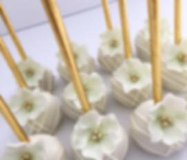 ottawa cakes, ottawa cake pops, ottawa weddings, ottawa desserts, ottawa bakery, custom cake, weddings