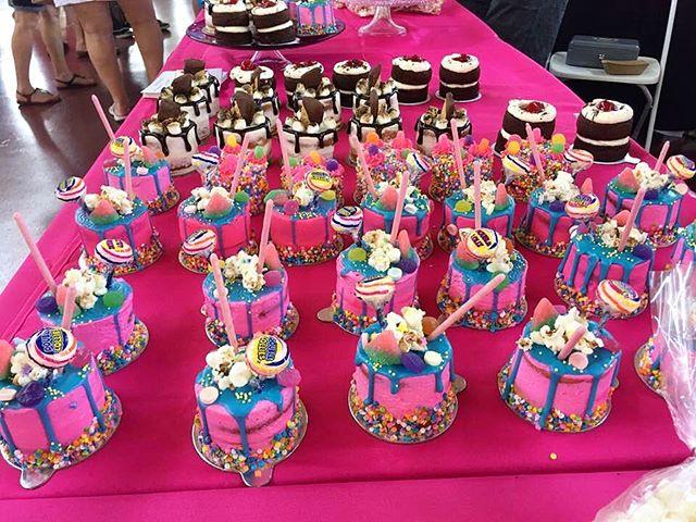 A sea of Bakery Baby Signature Mini Cake