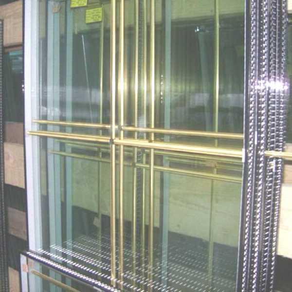 Стеклопакеты с золотыми шпроссами